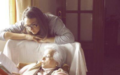 Ventajas y beneficios de contratar a una interna para el cuidado de personas mayores